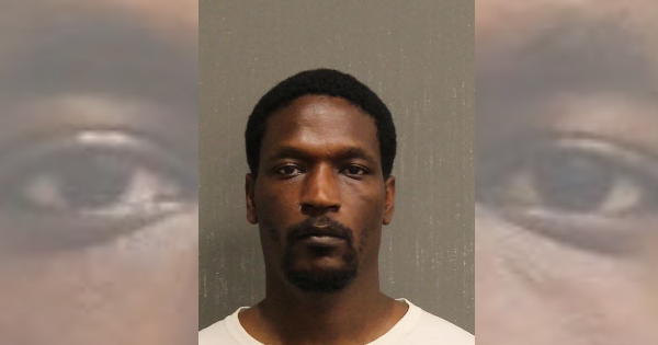 Burglar goes on assault spree in Nashville